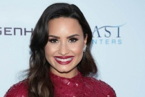 TVLine Items: Demi to Host People's Choice, RHOBH's New Recruit and More