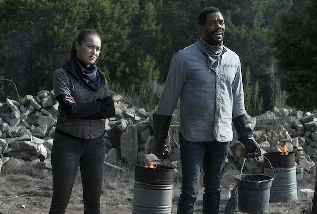 Fear The Walking Dead Recap Season 6 Episode 2 Welcome To The Club Tvline