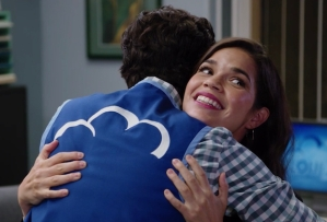'Superstore' Season 6, Episode 1 - Amy and Jonah
