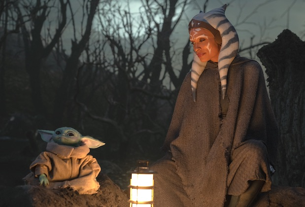 The Child and Ahsoka Tano (Rosario Dawson) in Lucasfilm's THE MANDALORIAN, season two.  (c) 2020 Lucasfilm Ltd. & TM,  All Rights Reserved.