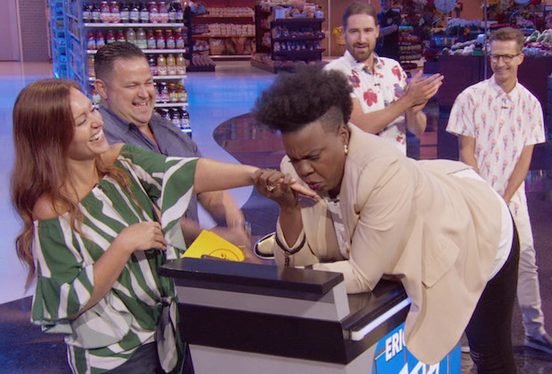 "SUPERMARKET SWEEP - ""Ring 'Em Up and Check 'Em Out"" – Sit back, relax and check out an all-new episode of the hit game show ""Supermarket Sweep"" with host Leslie Jones airing SUNDAY, NOV. 29 (8:00-9:00 p.m. EST), on ABC. (ABC) LESLIE JONES"