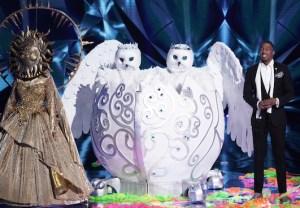 the-masked-singer-clint-black-lisa-hartman-snow-owls-season-4-interview-video