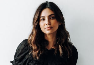 a-million-little-things-season-3-darcy-gary-floriana-lima-interview