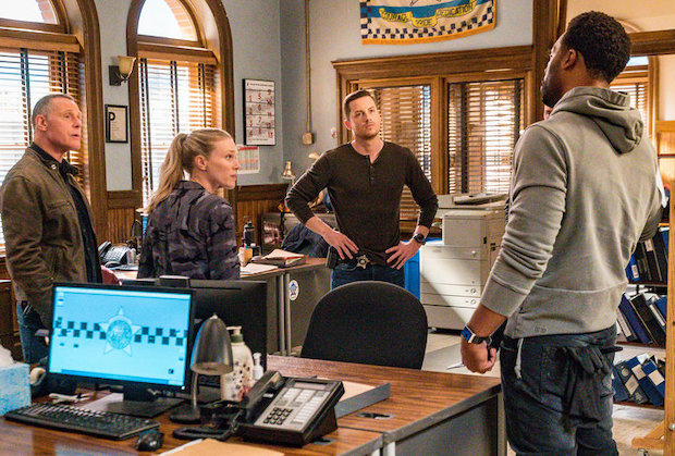 Chicago PD 8x03