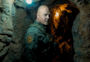 Coyote Season 1 PHotos Portraits Michael Chiklis