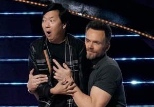 Ken Jeong and Joel McHale on 'The Masked Singer'