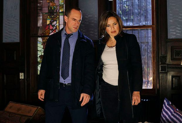 law-and-order-chris-meloni-stabler-return-photo-table-read