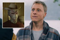 Alan Tudyk's Resident Alien Insists He's 'Just a Normal Human' in Syfy Trailer