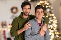 The Christmas Setup's Ben Lewis Previews Lifetime's LGBTQ+ Christmas Movie, Talks Arrow Spinoff's Future