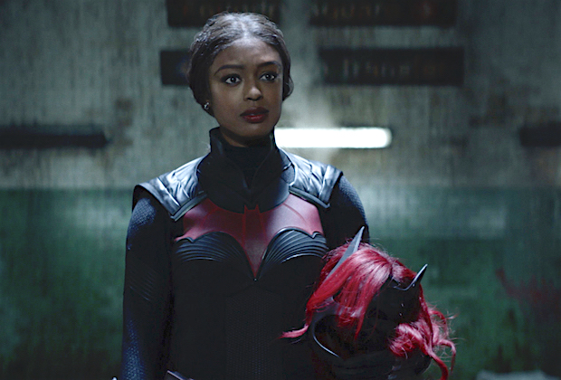 "Batwoman -- ""What Happened to Kate Kane?"" -- Image Number: BWN201fg_0029r -- Pictured (L-R): Javicia Leslie as Ryan Wilder/Batwoman -- Photo: The CW -- © 2020 The CW Network, LLC. All Rights Reserved."