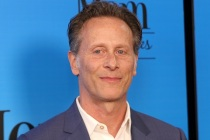 Chicago Med: Steven Weber to Recur as New Doctor With Ties to [Spoiler]