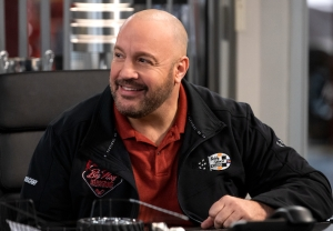 Kevin James' NASCAR Comedy 'The Crew' on Netflix