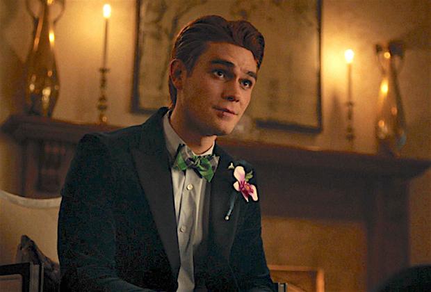 Riverdale Archie Prom KJ Apa