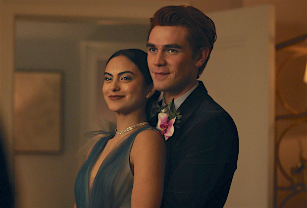 "Riverdale -- ""Chapter Seventy-Seven: Climax"" -- Image Number: RVD501fg_0019r -- Pictured (L-R): Camila Mendes as Veronica Lodge and KJ Apa as Archie Andrews -- Photo: The CW -- © 2021 The CW Network, LLC. All Rights Reserved."