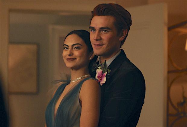 Riverdale Season 5 Premiere Archie Veronica Prom