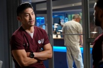 Chicago Med's Brian Tee Previews the Arrival of His Navy Mentor