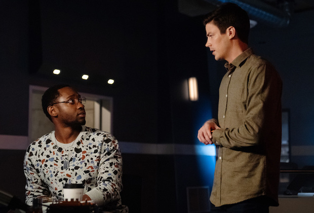 "The Flash -- ""All's Wells That Ends Wells"" -- Image Number: FLA701a_0007r.jpg -- Pictured (L-R): Brandon McKnight as Chester P. Runk and Grant Gustin as Barry Allen -- Photo: Katie Yu/The CW -- © 2021 The CW Network, LLC. All rights reserved"