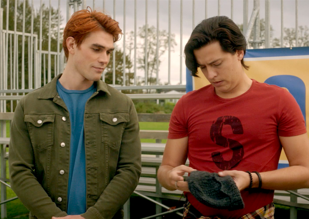 Riverdale Season 5 Episode 3 Archie Jughead Time Capsule