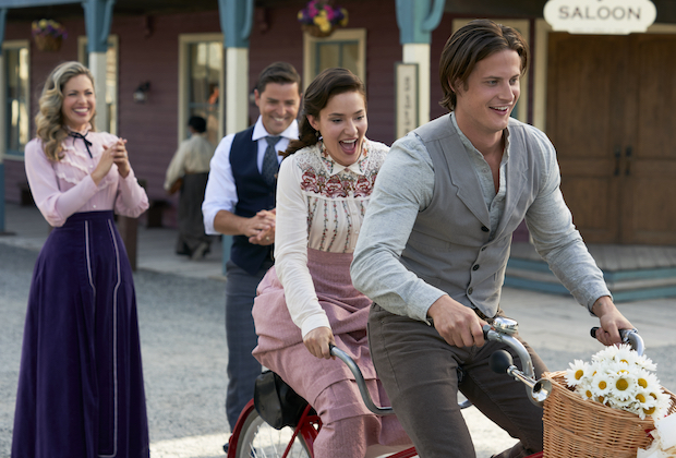 When Calls the Heart Season 8 Premiere on Hallmark Channel
