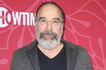 Mandy Patinkin Joins The Good Fight Season 5 as Highly Unqualified Judge