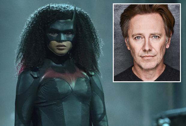 Batwoman Black Mask Cast