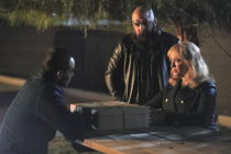 Good Girls EPs Talk Season 4: 'Beth and Dean Are on a Collision Course' -- Plus, Intel on Rio's Upcoming Backstory