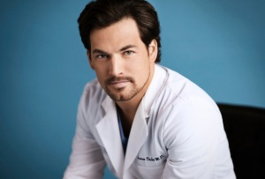 Grey's Anatomy's Giacomo Gianniotti Wraps 'Fast-Paced' Directorial Debut: 'Now Back to Being DeLuca'