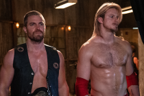Heels Photos: Stephen Amell and Alexander Ludwig Are Ready to Rumble