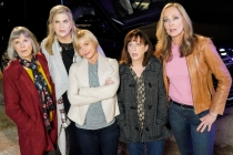 'Mom' Cancellation: Allison Janney Has a Theory Why CBS Pulled the Plug