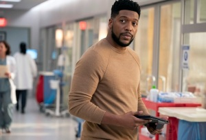 New Amsterdam's Jocko Sims Previews Reynolds' Return: 'He's Feeling Guilty'