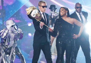 the-masked-singer-season-5-when-nick-cannon-return-niecy-nash