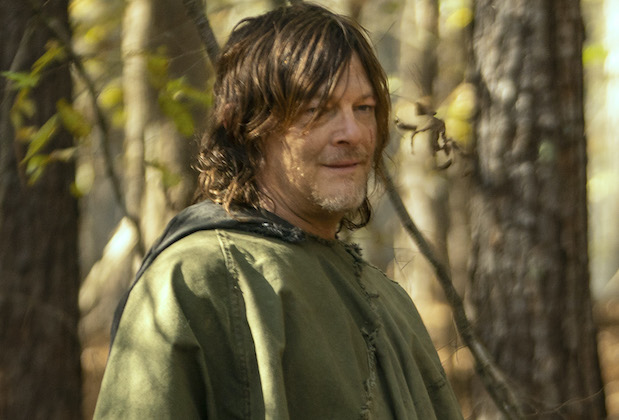 the walking dead spoilers daryl leah relationship dog