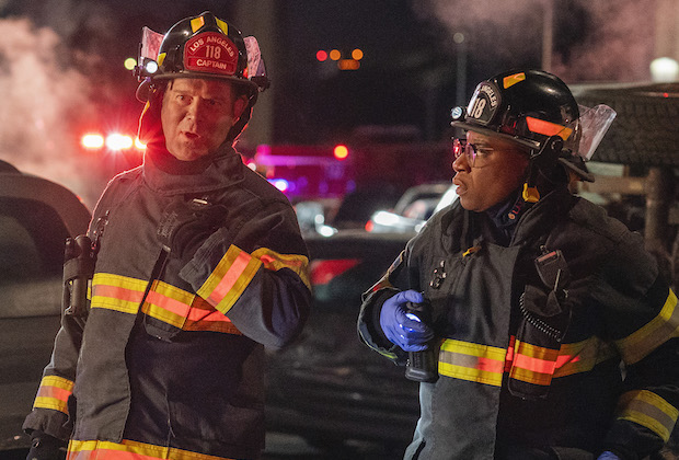 "9-1-1: L-R: Oliver Stark, Peter Krause and Aisha Hinds in the ""Breaking Point"" episode of 9-1-1 airing Monday, April 19 (8:00-9:00 PM ET/PT) on FOX. CR: FOX. © 2021 FOX Media LLC."