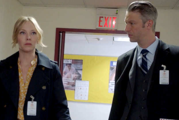 Law & Order: SVU's Carisi and Rollins Are Dating! (Or At Least, That's What Her Dad Thinks) — Watch Video