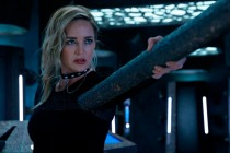 Legends of Tomorrow EP on 'Avalance' Surprise and Why Sara Was Abducted