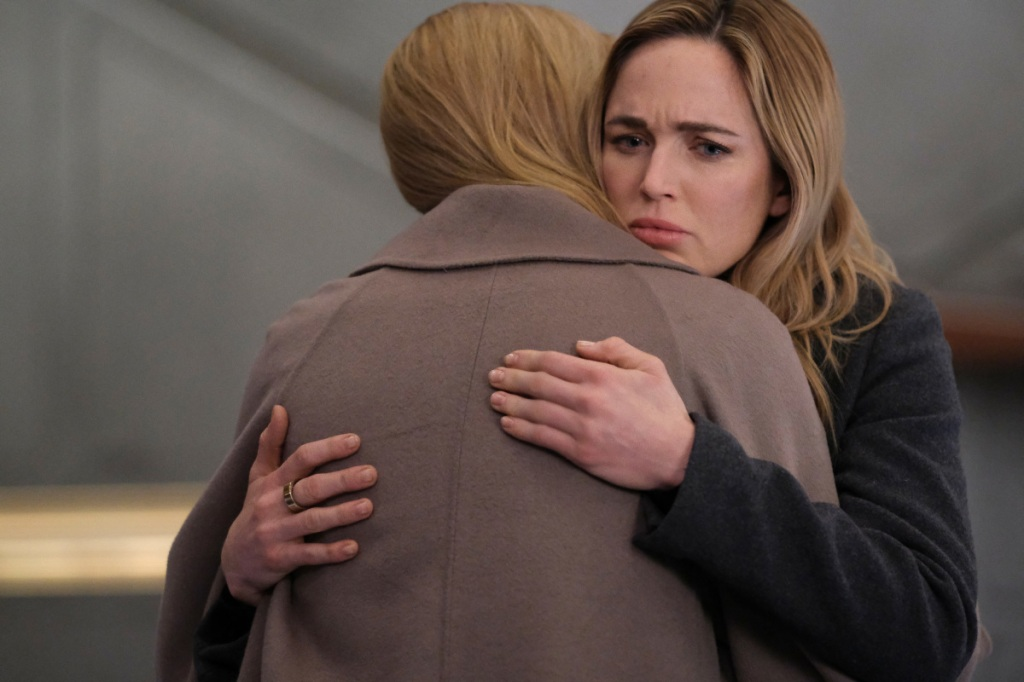 """Legends of Tomorrow -- """"The Fungus Amongus"""" -- Image Number: LGN615b_0349r.jpg -- Pictured (L-R):  Jes Macallan as Ava and Caity Lotz as Sara Lance -- Photo: Bettina Strauss/The CW -- © 2021 The CW Network, LLC. All Rights Reserved."""