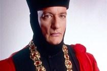 Star Trek: Picard: John de Lancie to Return as TNG Villain Q in Season 2