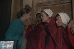 the-handmaids-tale-premiere-recap-season-4-episode-1-pigs