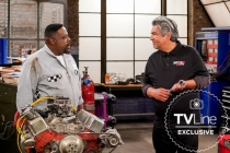 The Neighborhood Adds George Lopez as Rival Mechanic -- Can Calvin's Pit Stop Compete? Watch a Sneak Peek
