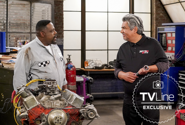 The Neighborhood Adds George Lopez as Rival Mechanic — Can Calvin's Pit Stop Compete? Watch a Sneak Peek