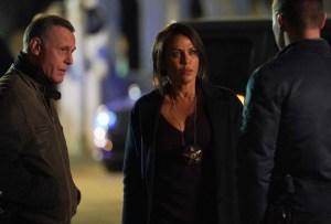 Jason Beghe and Nicole Ari Parker in Chicago P.D. Season 8
