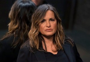 law-and-order-svu-finale-season-22-stabler-fin-wedding