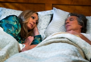 Mom 8x18: Adam Has Lung Cancer in Series Finale