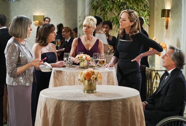 Mom Recap: Big News for Jill and Andy — Plus, Watch Series Finale Promo