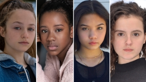 Paper Girls Cast