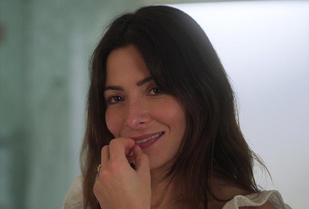 Sex/Life' Premiere Date on Netflix — Sarah Shahi Series | TVLine