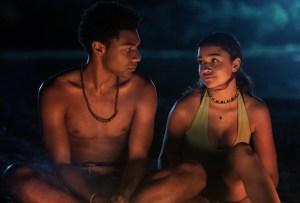 Jonathan Daviss and Madison Bailey in Outer Banks Season 2