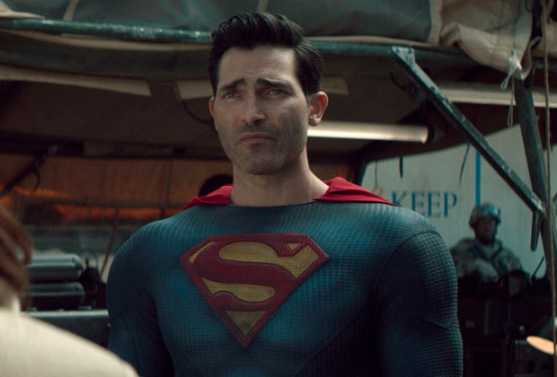 """Superman & Lois -- """"O Mother, Where Art Thou?"""" -- Image Number: SML110fg_0007r.jpg -- Pictured: Tyler Hoechlin as Superman -- Photo: The CW -- © 2021 The CW Network, LLC. All Rights Reserved.Photo Credit: Bettina Strauss"""