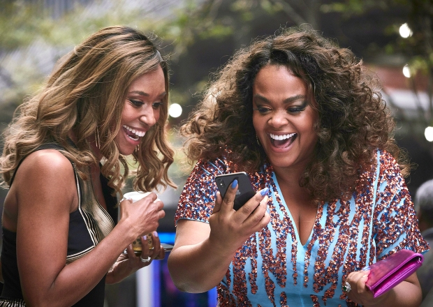 Ryan Michelle Bathe and Jill Scott in First Wives Club