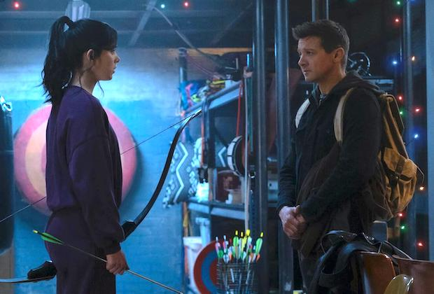 Hawkeye: Disney+ Sets Premiere Date and Releases First Photo